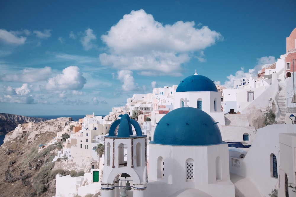 Santorini - Yoga retreat in Greece