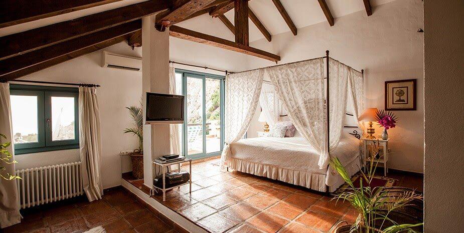 the urban villa retreat
